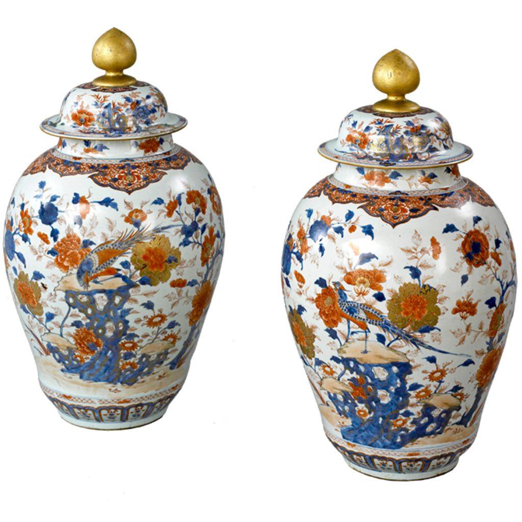 pair of vasesss